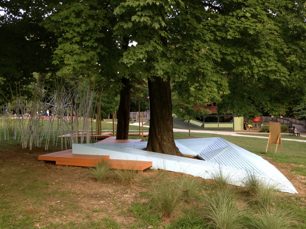 In a partnership with Smith Playground we created an adventure play space in the midst of Fairmount Park. The play space is meant to encourage a nontraditional type of playground interaction.
